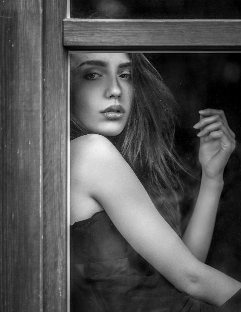 Modelka-Karolina Fafińska zdjęcie-Rafał Moskalewski PLENERY W PAKAWIU